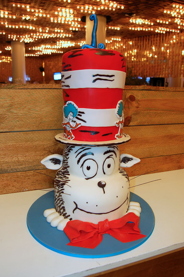 Huascar & Company Bakeshop Cat in the Hat Cake