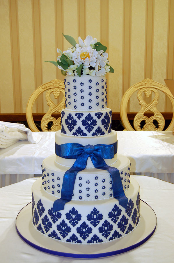 Huascar & Company Bakeshop Blue Damask Cake with Sugar Flowers