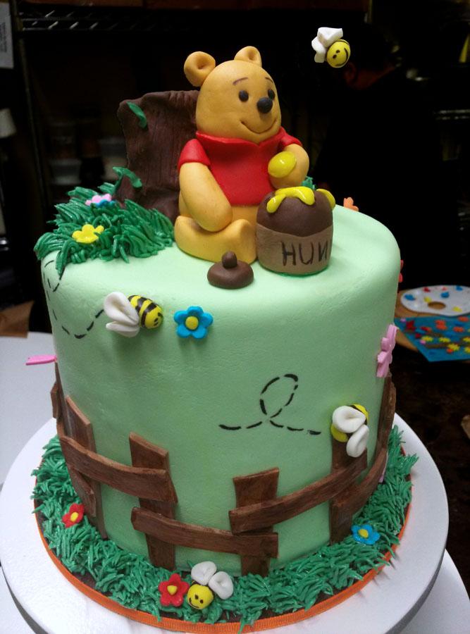 Huascar & Company Bakeshop Winnie the Pooh Cake