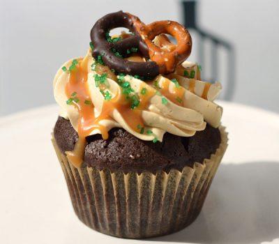 Huascar-Co-Bakeshop-O-My-Guiness-Cupcake-sm-Web