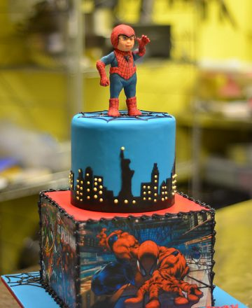 Spider-man Figurine Birthday Cake